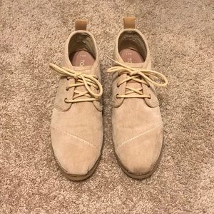 Women's lace up Toms